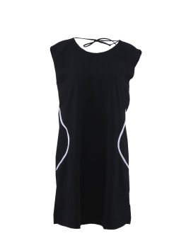 LBD with Curvy Line Detail