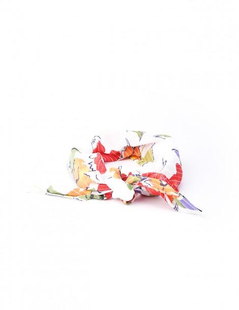 Big flower White with Flower Motif