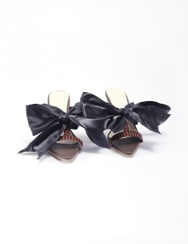 Arrumi Bow Heels Brown